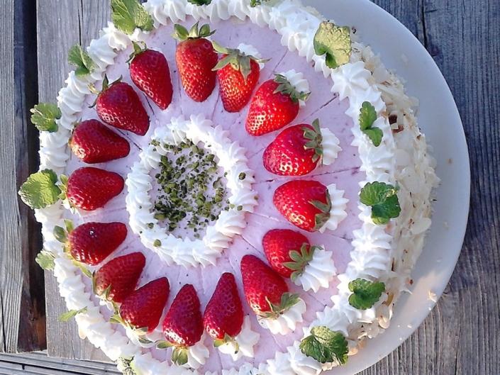 Erdbeersahne Schmand Torte